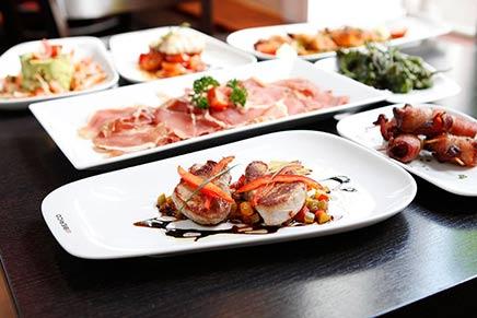 Unser Essen bietet eine große Tapas Vielfalt; wie immer frisch zubereitet im Speiselokal El Iberico